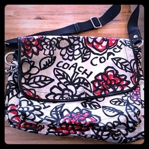 Coach messenger bag. Poppy Graffiti print.